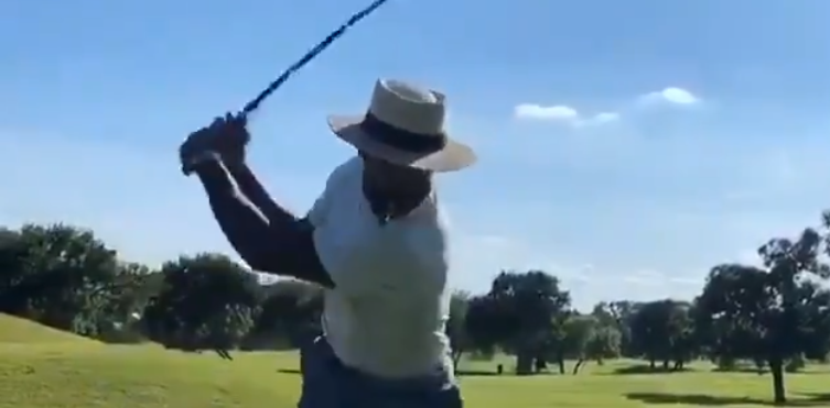 Jamal Adams Casually Smokes Cigar Plays Golf Right After He Demanded Trade From Jets Video Total Pro Sports