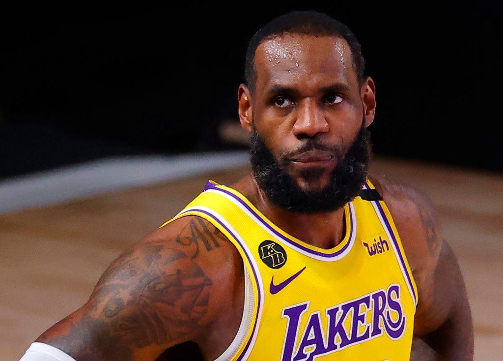 LeBron James snaps over Scottie Pippen comparison