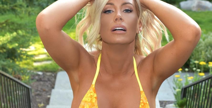 bikini model elle johnson celebrates