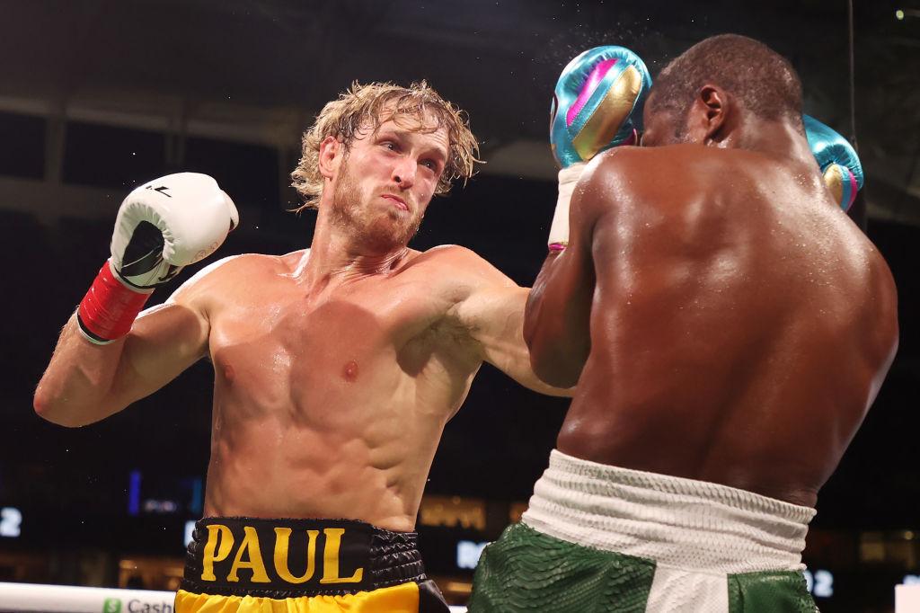 Logan Paul vs Floyd Maywather