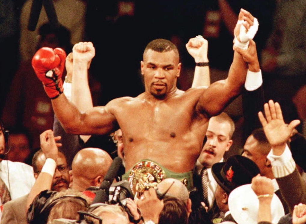 world heavyweight champion boxer iron mike tyson